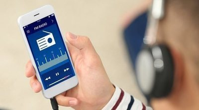 ¿Escuchan las nuevas generaciones la radio? ¿Mantiene su influencia?