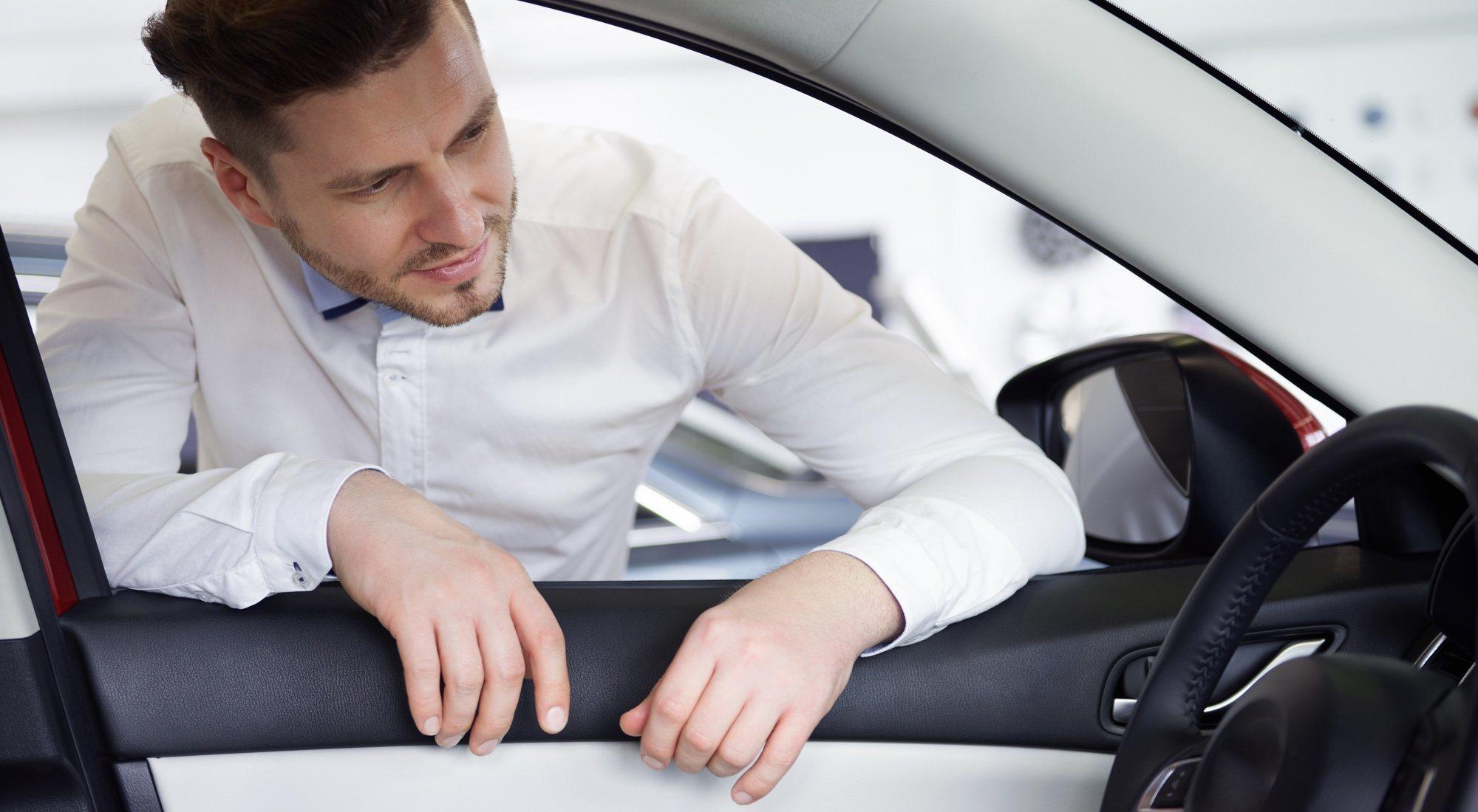 La pesadilla de obtener el permiso internacional de conducir en Madrid