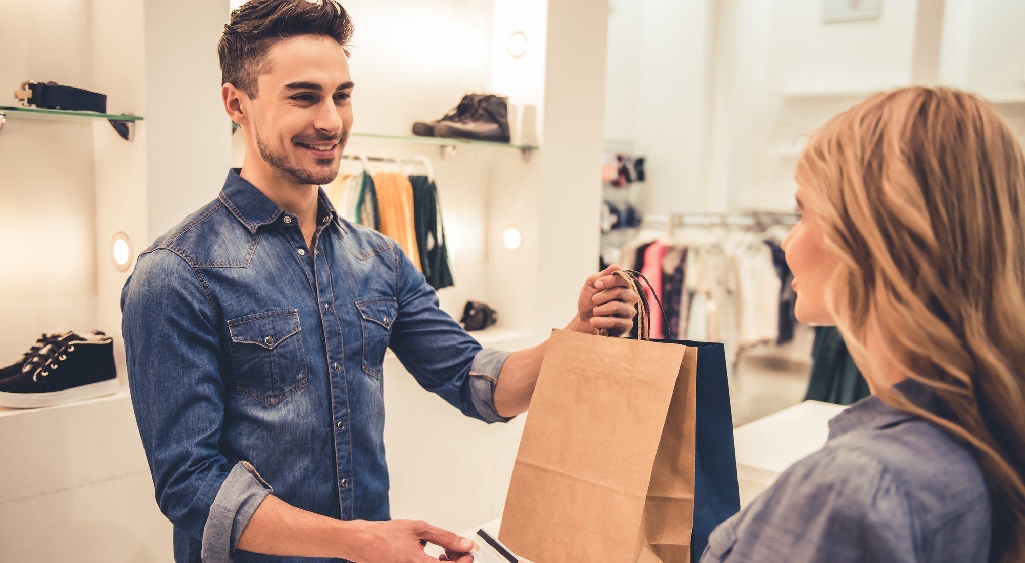 8 anécdotas y locuras trabajando como dependiente de tienda