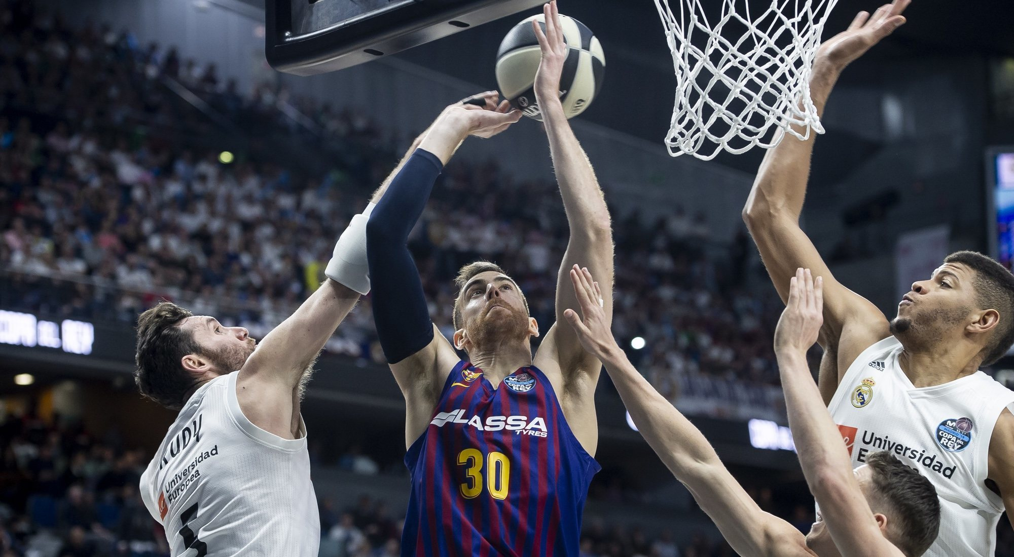 Real Madrid vs ACB: claves de la mayor crisis del baloncesto español