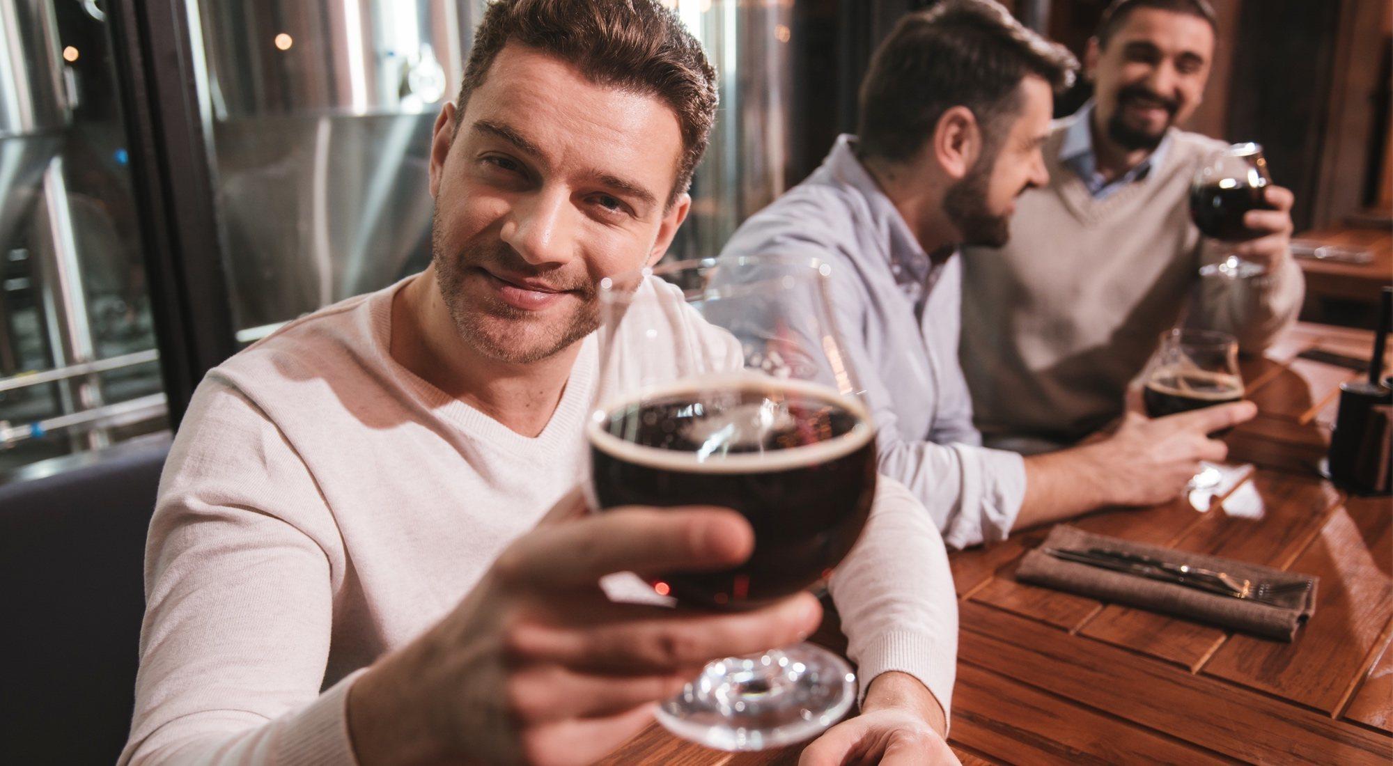 Alternativas a la cerveza para ir de bares