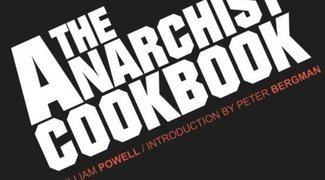 Libros polémicos: 'El libro de cocina del anarquista' y 'Roba este libro', los manuales subversivos de los 70