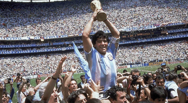 ¿Por qué Maradona sigue siendo considerado un Dios?