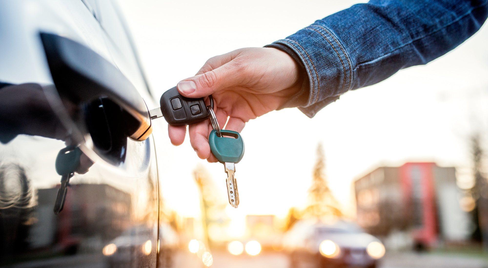 Medios de transporte: el coche pierde su tradicional dominio