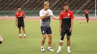 Keisuke Honda, Vitesse y Camboya, una unión bastante especial