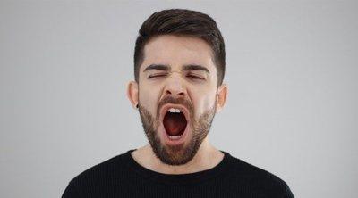 Lugares o situaciones donde no debes bostezar