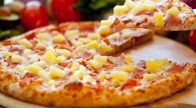 A favor de la pizza con piña, el alimento más injustamente defenestrado
