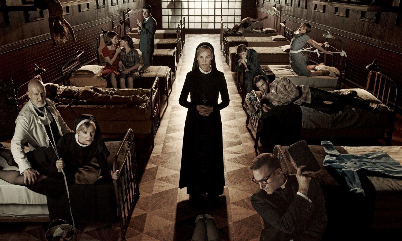 'American Horror Story' ha conseguido enganchar al público con una antología de historias en la que el mismo grupo de actores interpreta a distintos personajes.