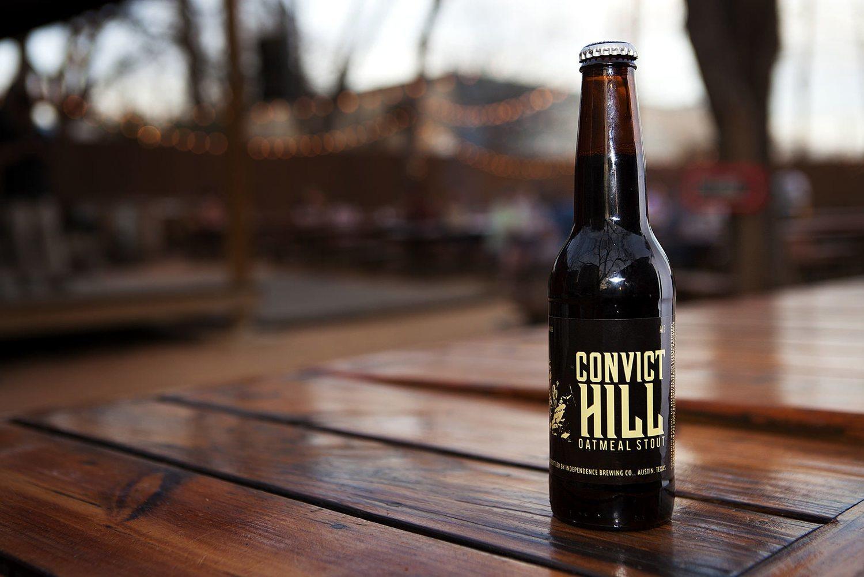 Una cerveza fuerte de espíritu texano con copos de avena para los más obsesionados con la dieta.