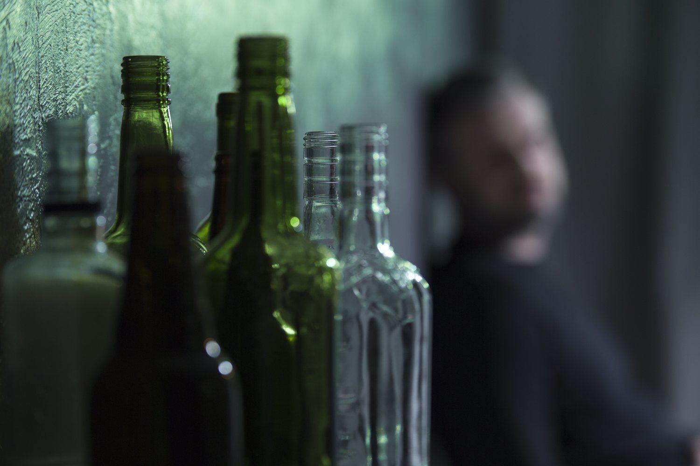 El alcoholismo entre los jóvenes ha aumentado desde la crisis de 2008.