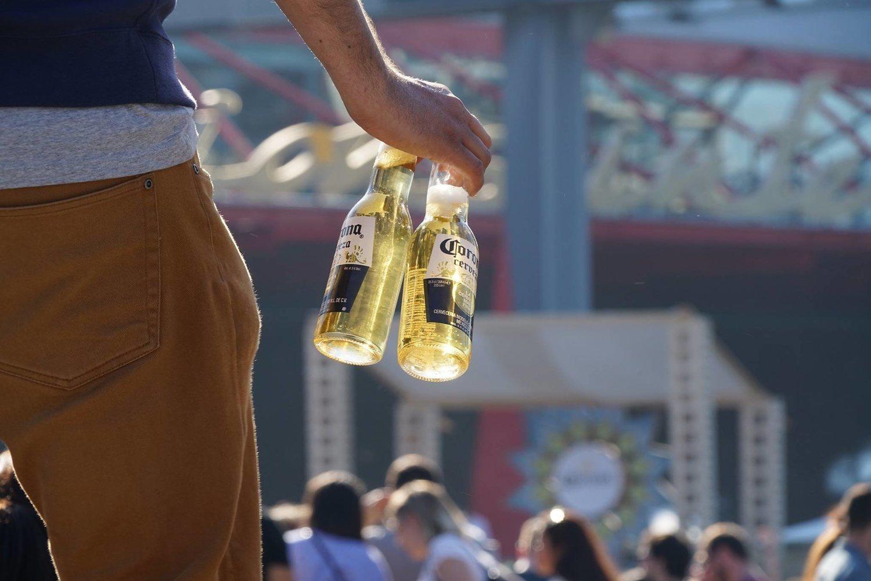 Constellation Brands, compañía que produce la cerveza Corona, también ha decidido invertir en la industria de la marihuana.