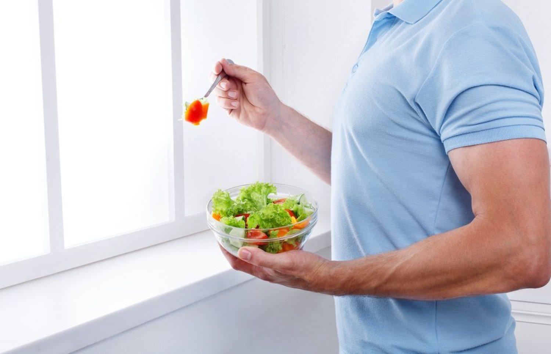 Aprovecha que estás empachado de las comidas navideñas y ponte con la dieta sana.