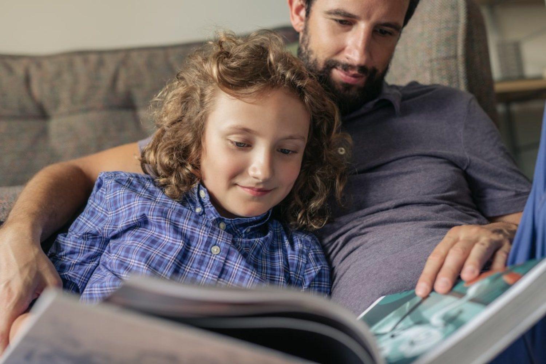Sé un buen padre, dales una buena educación a tus hijos y estate ahí siempre.