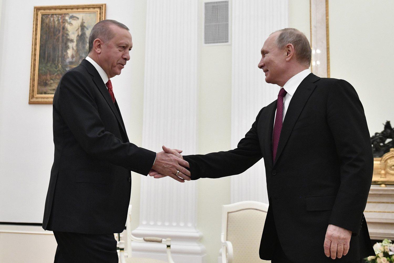 Alexandr Dugin medió en las tensiones entre Erdogan y Putin después de que Turquía derribase un avión ruso en 2015.