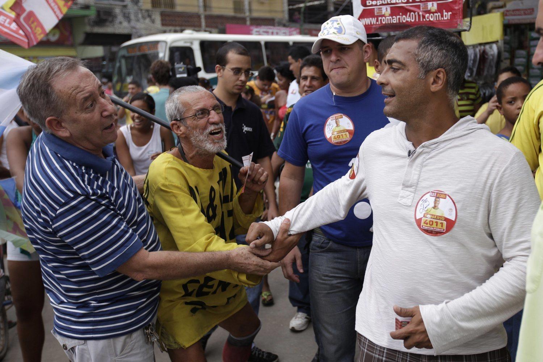 Romario se gana la vida ahora en Brasil como político.