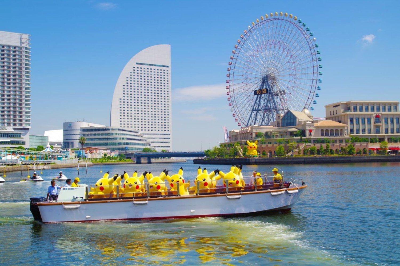 En la Ocean Pikachu Parade los Pikachu navegan por el puerto de Yokohama.