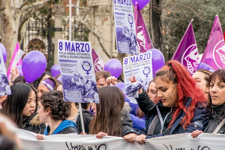 La huelga feminista del 8 de marzo tiene cuatro ejes: el ámbito laboral, el de consumo, el de educación y el de los cuidados.