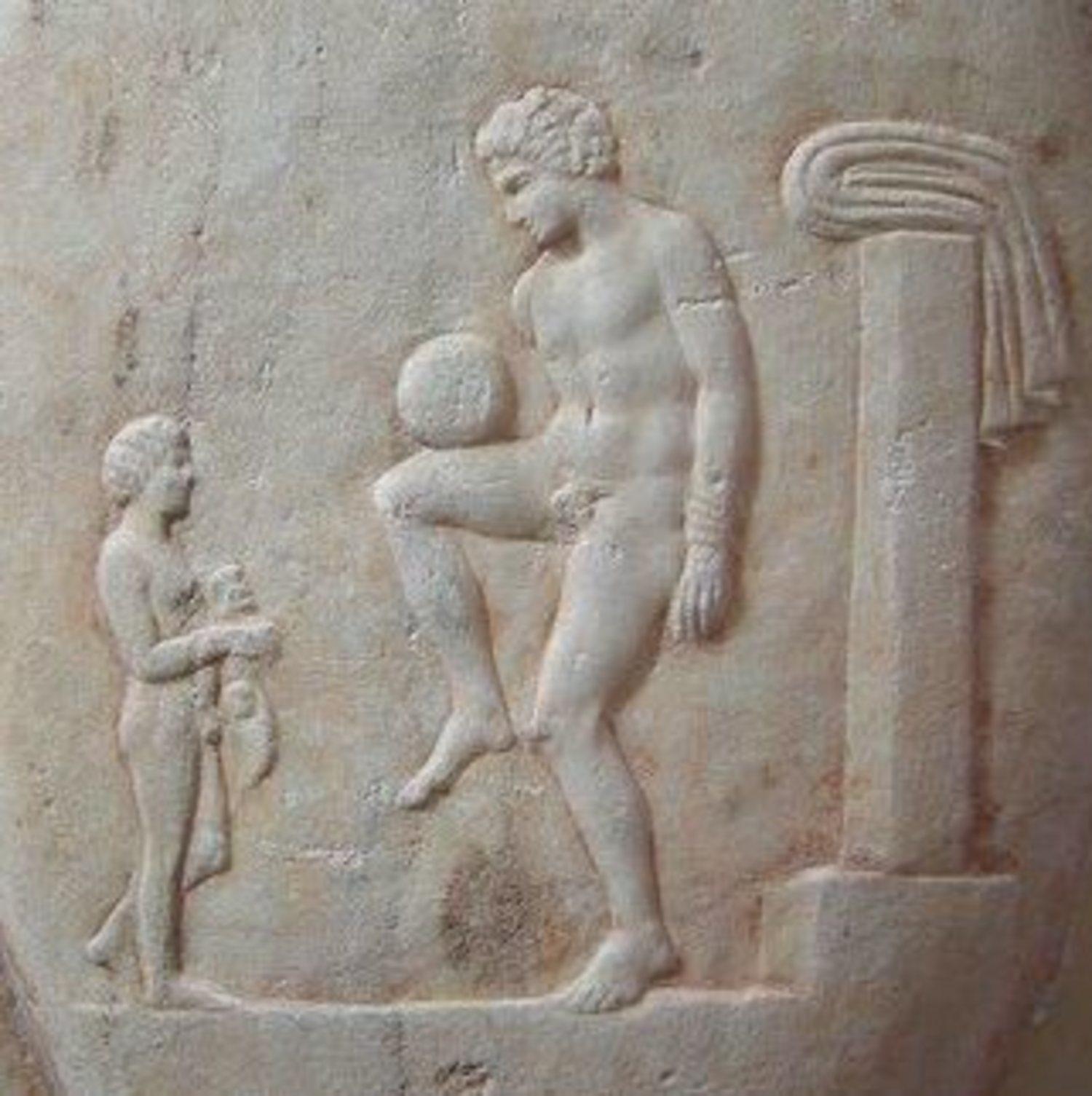 El 'Episkyros', creado en la Antigua Grecia, es considerado por la FIFA como una disciplina precursora del fútbol.