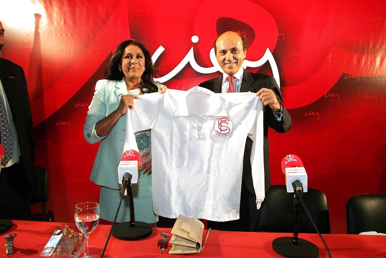 Isabel Pantoja y Julián Muñoz eran VIP en los primeros años de Del Nido como presidente, antes de que salieran a la luz todos los escándalos.