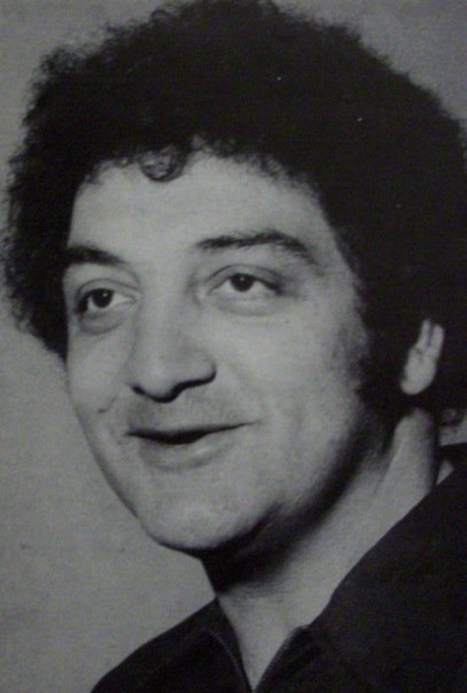 Sonny Vaccaro consiguió que Michael Jordan firmase un contrato multimillonario con Nike en 1984.