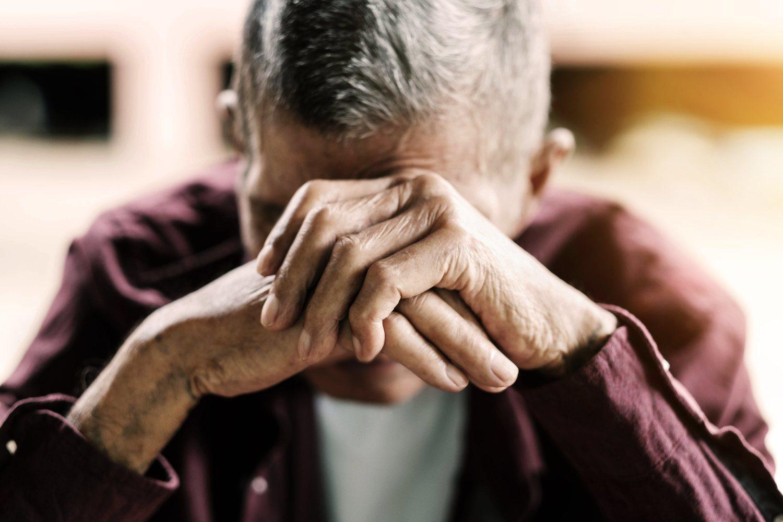 La soledad y el aislamiento social constituyen un grave problema social y dos factores de riesgo de sufrir una enfermedad cardiovascular superiores a la obesidad y el tabaco.