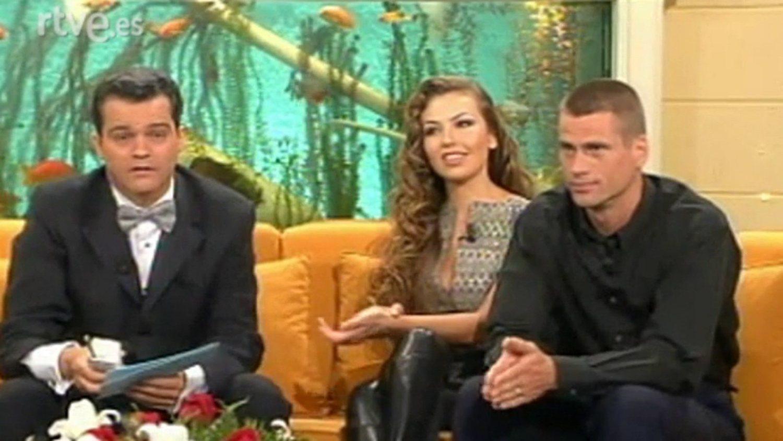Mark y Thalía en '¿Qué apostamos?' Hasta los peces de detrás están cachondos.