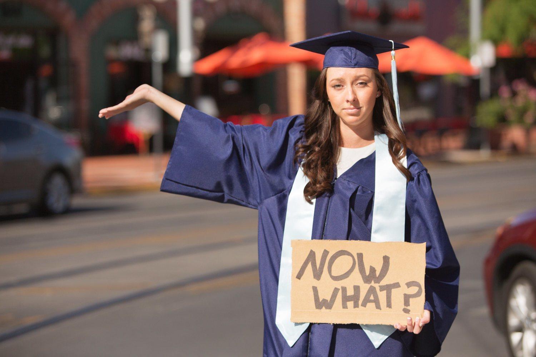 Buena pregunta que se han hecho el 99% de los jóvenes al terminar los estudios: ¿Y ahora qué?