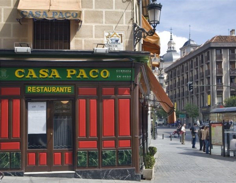 Casa Paco o Bar de la Plaza son los nombres más comunes