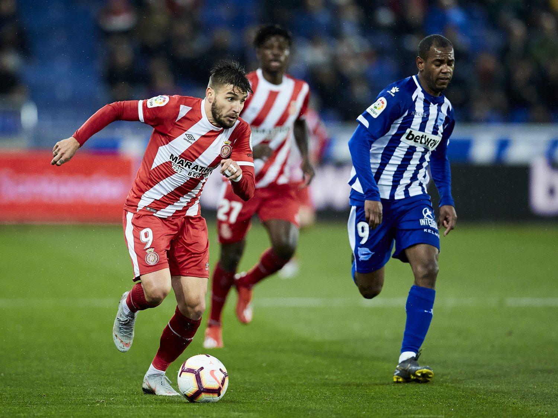 La temporada pasada el Girona recibió 43 millones por los 153 millones del Barça.