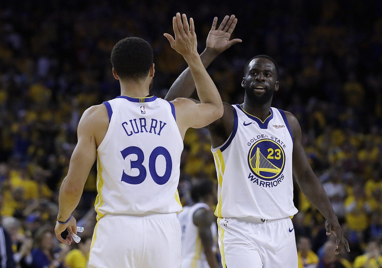 Stephen Curry y Draymond Green, dos de los jugadores más determinantes de los Playoffs.