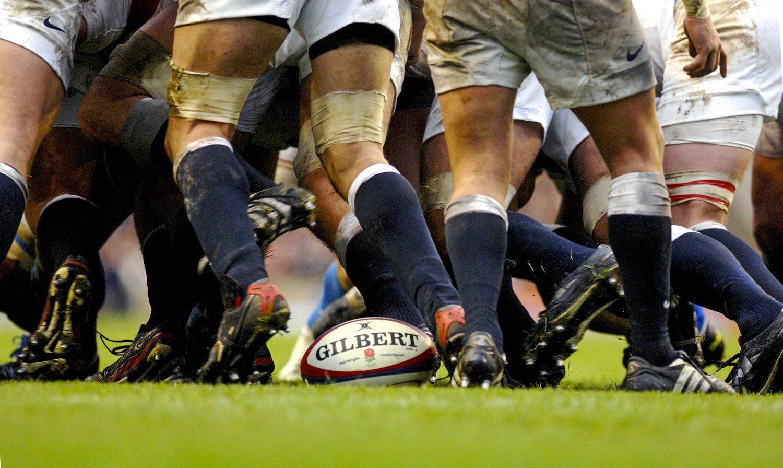 En Inglaterra temen que el rugby decrezca en número de seguidores. No obstante, la realidad parece ir por otro lado, pues la popularidad alcanzada por este deporte en todo el mundo ha sido espectacular. Desde la inclusión de Italia en el Torneo 5 Naciones.