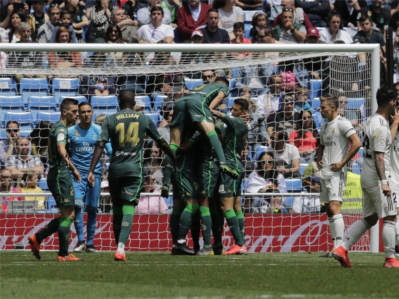 Victoria del Real Betis por 0 goles a 2 en el Santiago Bernabéu