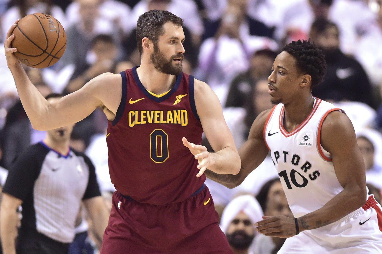 Kevin Love (izquierda) y DeMar DeRozan (derecha), han sido los primeros en eliminar el tabú de las enfermedades mentales en la NBA.