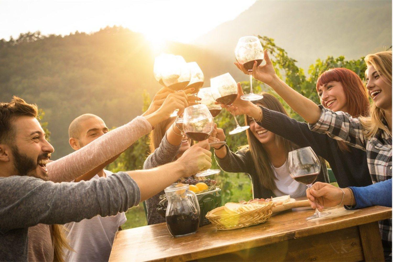 El vino, una bebida típicamente mediterránea, ahora se prodiga en medio mundo