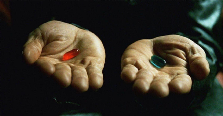 Según la periodista Andrea Long Chu, la pastilla roja se parecía al estrógeno 0.625-mg, administrado a las personas 'trans' durante los noventa.