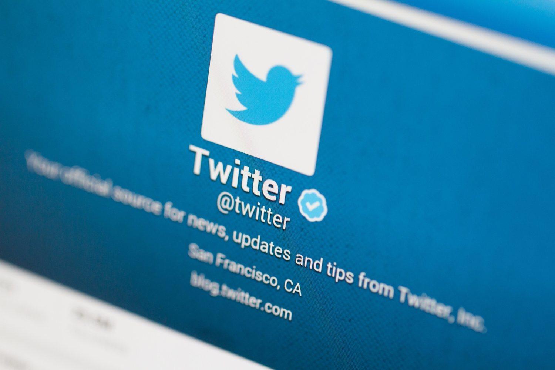 Twitter se ha convertido, con los años, en un lugar donde debatir sobre política. Sin embargo, también ha sido utilizado con fines propagandísticos.