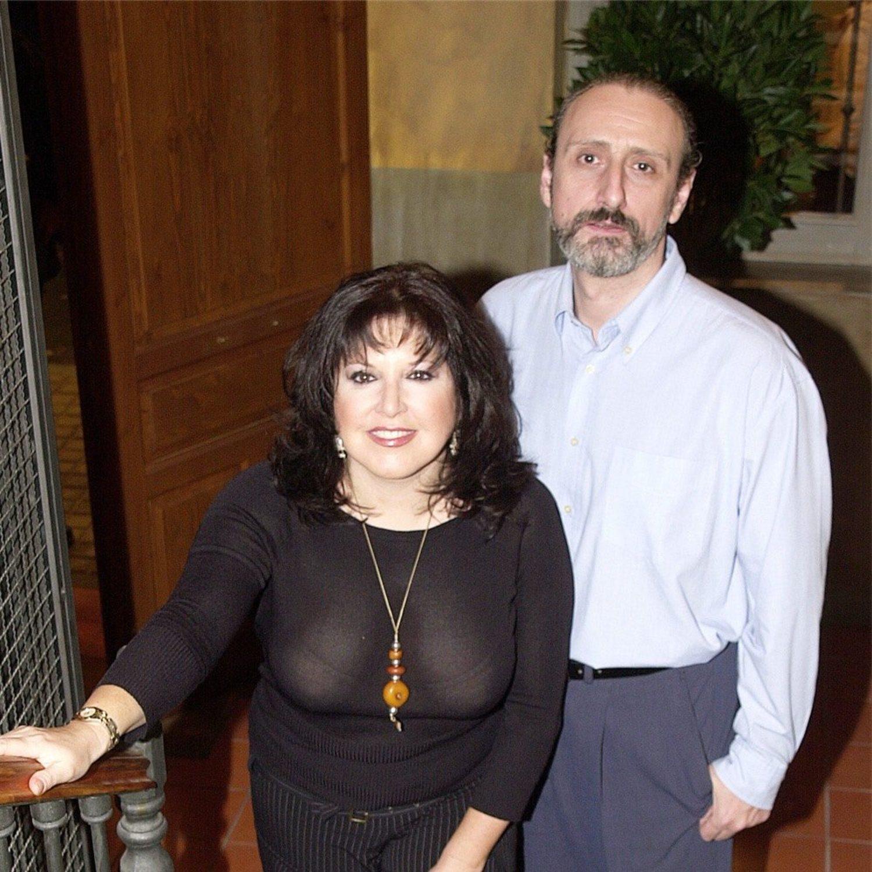 El gran éxito de Paloma en la serie es crear PUF (Paloma Urban Fashion), pero Juan nunca llega a ser jefe de estudios