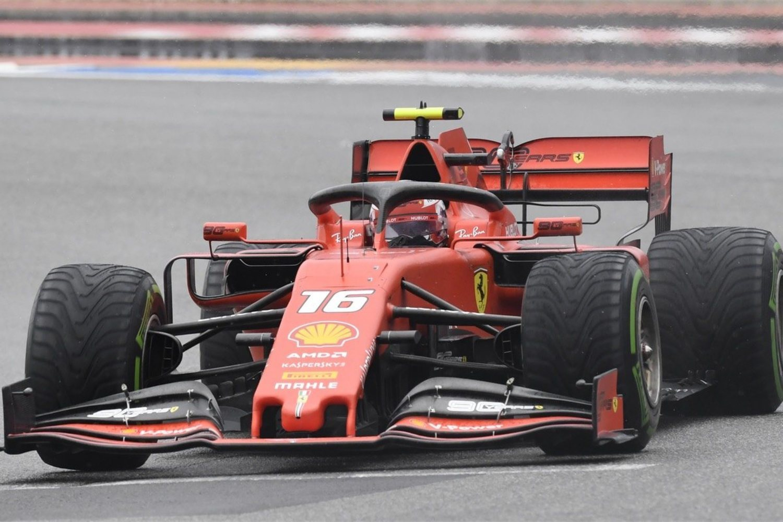 Las críticas de los medios italianos, hoy son contra Leclerc
