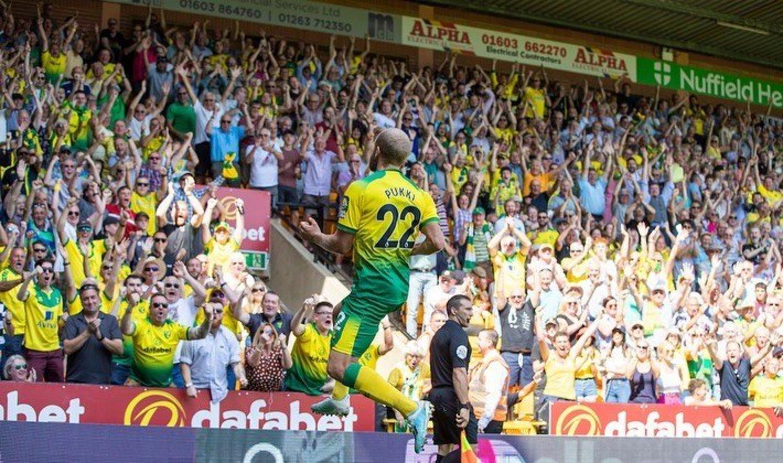 La afición del Norwich adora a su delantero.