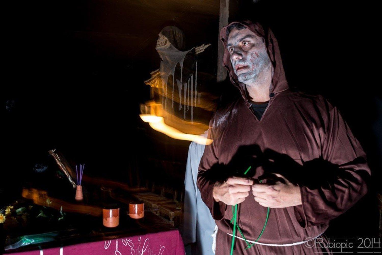Podrás disfrutar de una noche completa de espectáculos de terror.