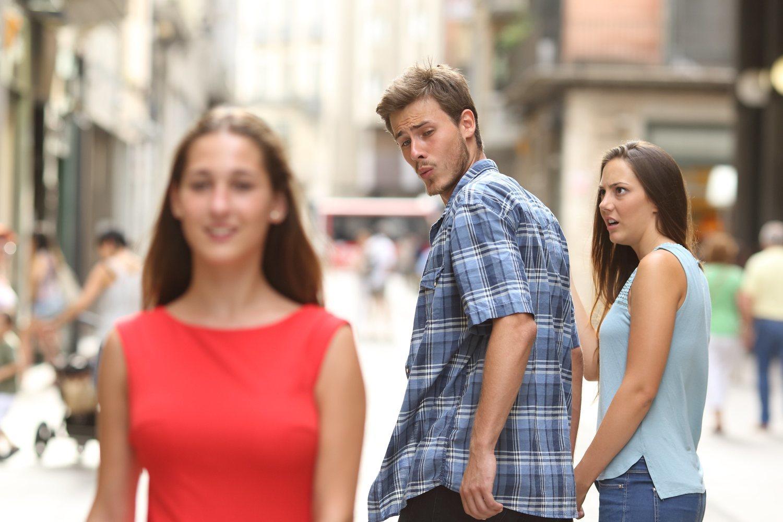 'Novio distraído', uno de los memes que más juego ha dado en los últimos años.