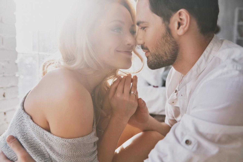 Para una persona demisexual, el cariño y la complicidad total son necesarios.