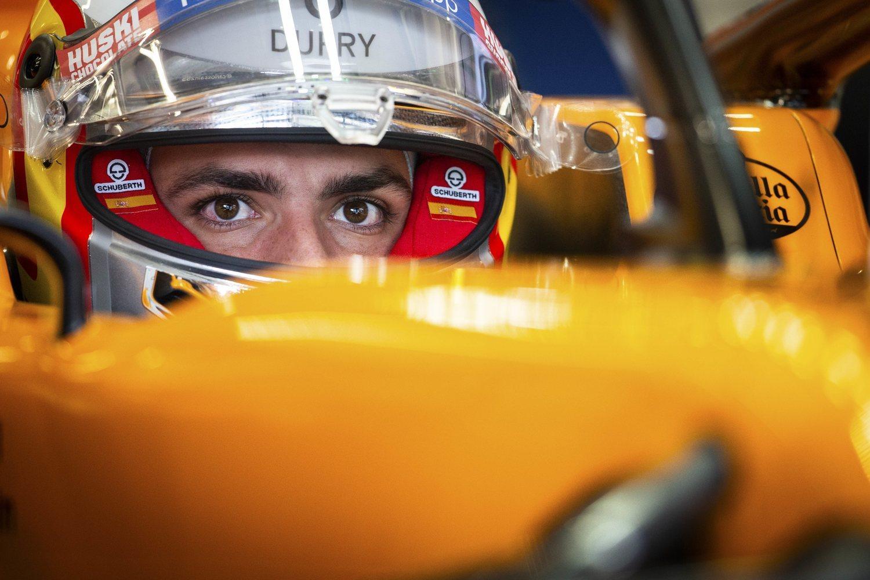 Carlos Sainz es la gran esperanza, pero es complicado que consiga el nivel de seguimiento de Alonso.