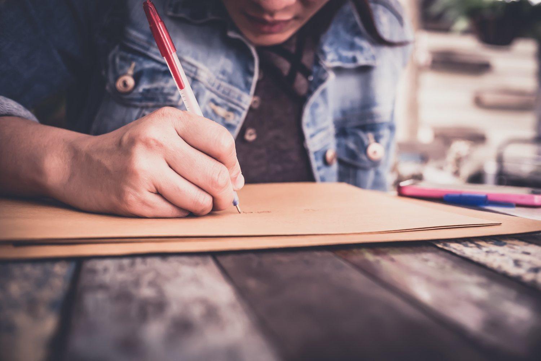 Escribir es algo que poca gente puede hacer con asiduidad