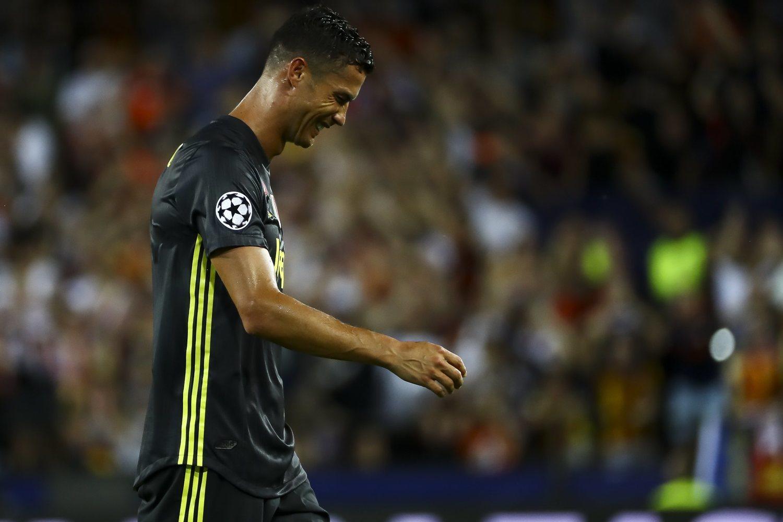 Cristiano salió llorando de su primer partido en Europa con la Juve, pero el club subía como la espuma en bolsa gracias a él.