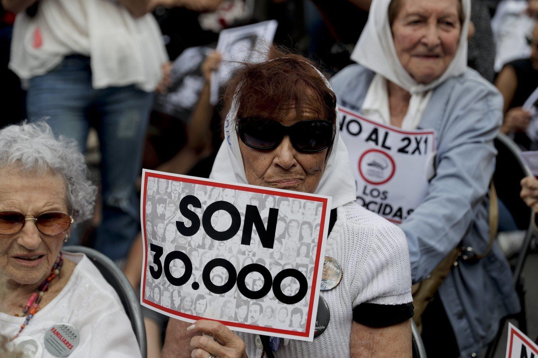 Protesta por las víctimas de la dictadura argentina.